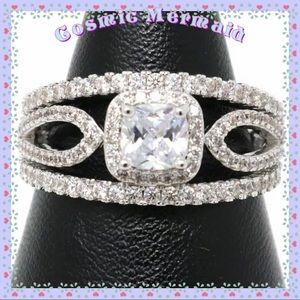 Jewelry - 🆕💍Sparkling White Moissanite Ring💍 Wedding Band